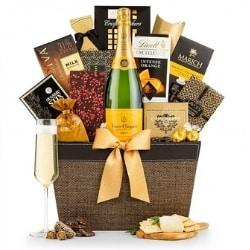 Veuve Clicquot Champagne Gift Basket